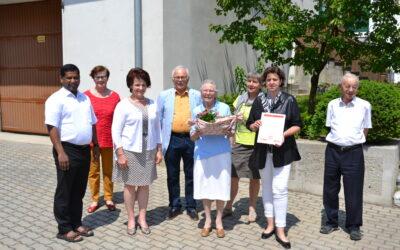 Goldene Ehrennadel der Silberlöwen für Dorith Fischer