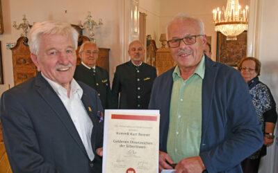 Goldenes Ehrenzeichen der Silberlöwen für KommR Kurt Renner